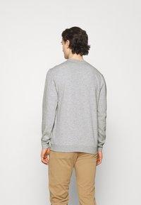 Cotton On - ESSENTIAL CREW - Sweatshirt - light grey marle - 2