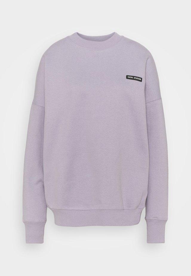 LOGOCOLLAGECREWNECK - Sweatshirt - violetice