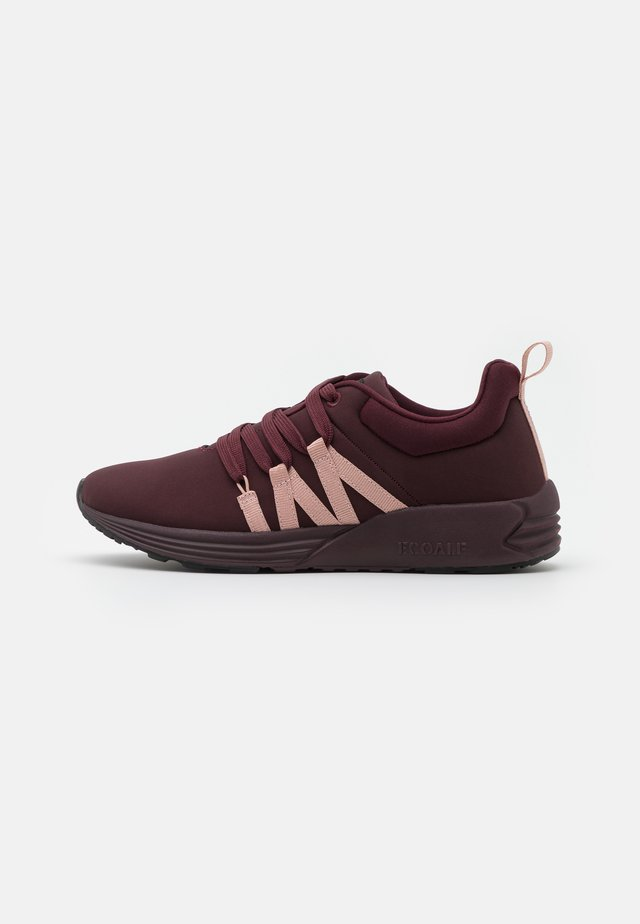 NASUMI - Sneakers basse - wine