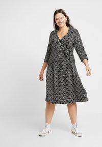 Dorothy Perkins Curve - OPEN COLLAR DRESS SPOT - Jersey dress - navy - 0