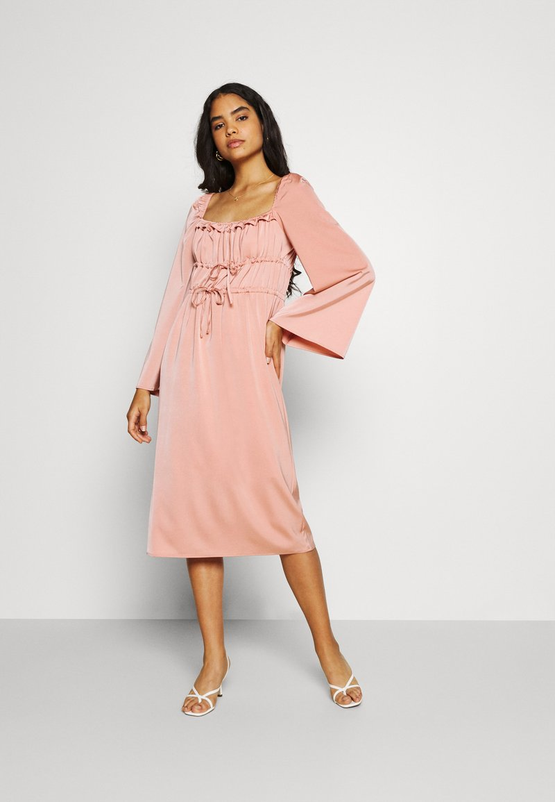 Fashion Union - MANDY DRESS - Cocktail dress / Party dress - pink
