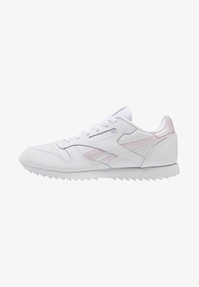 CLASSIC LEATHER SHOES - Trainers - white