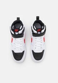 Nike Sportswear - COURT BOROUGH MID UNISEX - Korkeavartiset tennarit - white/universe red/black - 3
