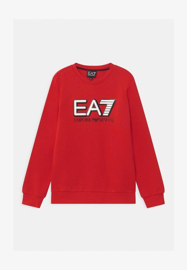 EA7 - Sweatshirt - racing red