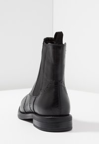 Vagabond - AMINA - Støvletter - black - 5