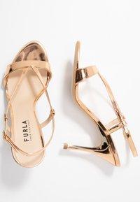 Furla - OCCASION - Sandaler med høye hæler - oro - 3