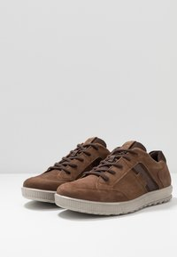 ECCO - ENNIO - Trainers - cocoa brown - 2