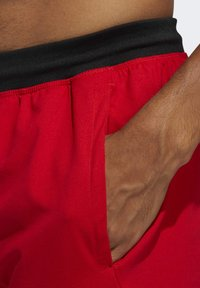 adidas Performance - 4KRFT SPORT ULTIMATE 9-INCH KNIT SHORTS - Shorts - red - 6