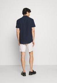 Selected Homme - SLHISAC - Shorts - rainy day - 2