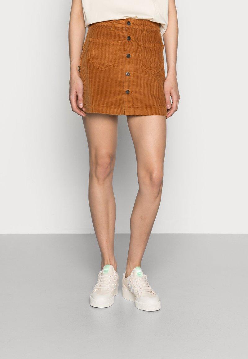 ONLY - ONLAMAZING LIFE SKIRT - Jupe trapèze - rustic brown