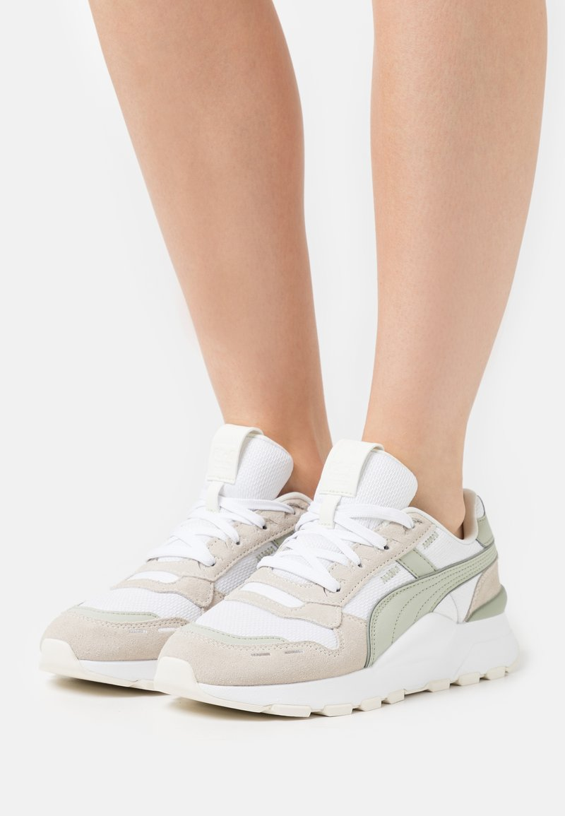 Puma - RS 2.0 FEMME  - Baskets basses - white/desert sage/marshmallow