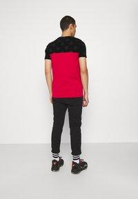 FUBU - SCRIPT - Pantaloni sportivi - black - 2