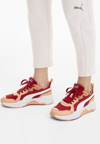 Puma - PUMA X-RAY TRAINERS UNISEX - Sneakers laag - red - 1