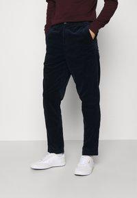 Polo Ralph Lauren - FLAT PANT - Pantalon classique - hunter navy - 0
