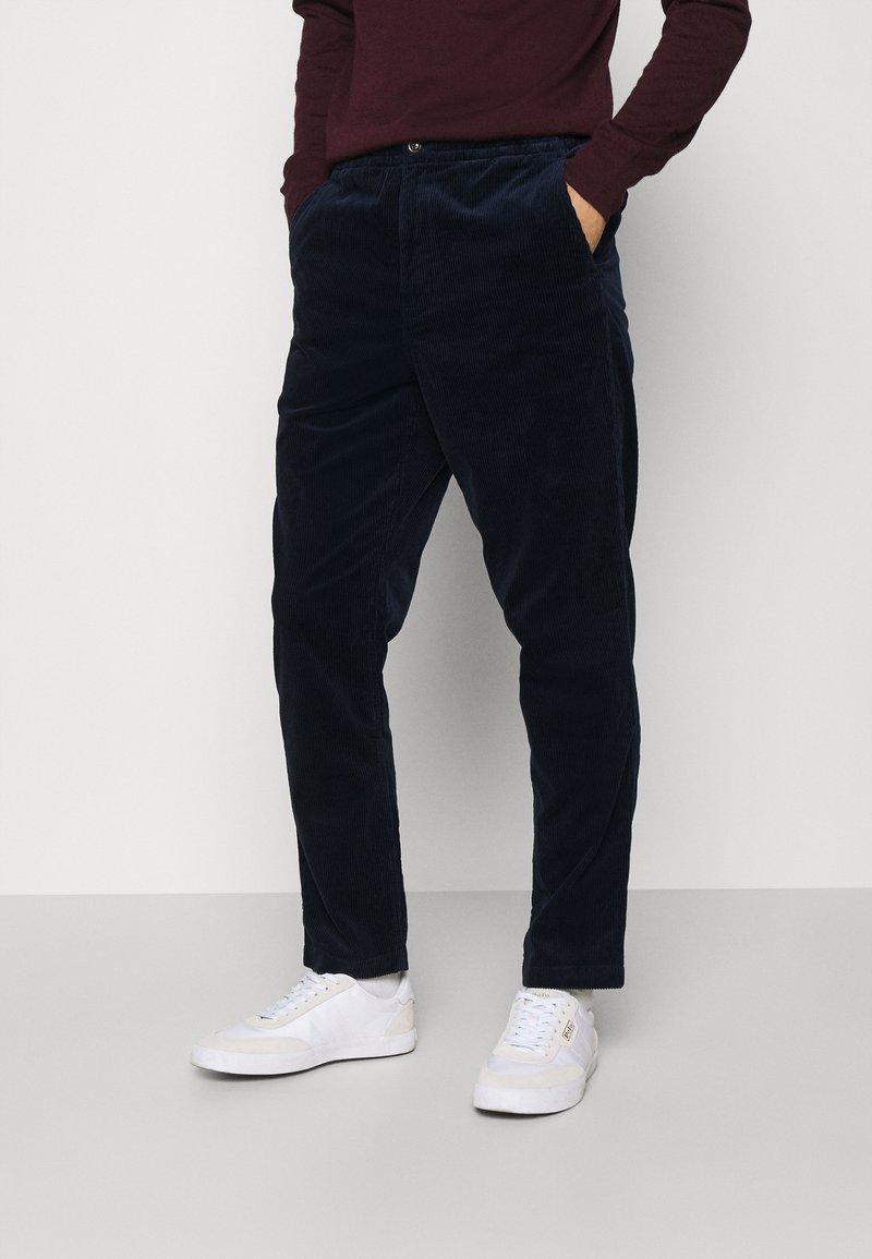 Polo Ralph Lauren - FLAT PANT - Pantalon classique - hunter navy