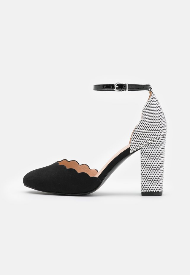 WHISPER - High heels - black/white
