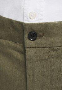 J.LINDEBERG - GRANT STRETCH PANTS - Chino kalhoty - lake green - 5