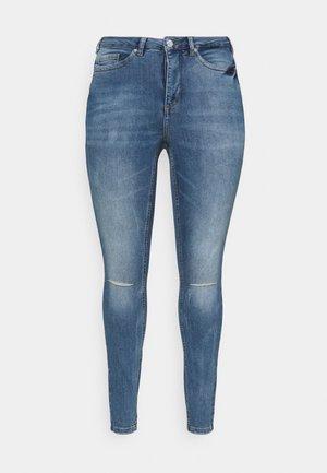 VMLORAEMILIE - Slim fit jeans - light blue denim