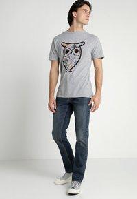 Volcom - VORTA - Straight leg jeans - dry vintage - 1