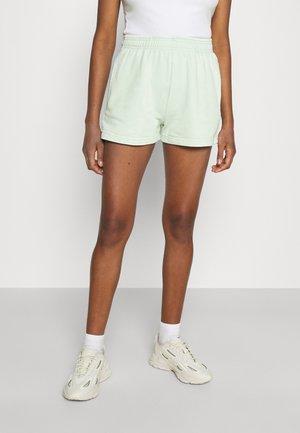 GIA - Shorts - gossamer green