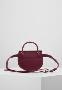 Inyati - JACQUIE - Bum bag - plum - 2