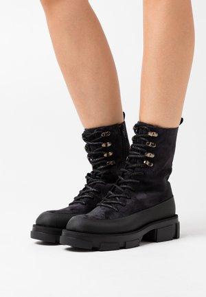 ALMA - Platform ankle boots - nuit