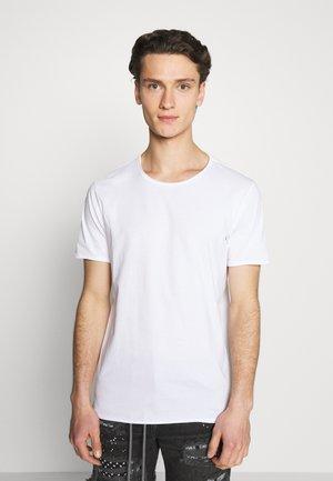 DARK - Basic T-shirt - white
