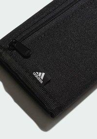 adidas Performance - ESSENTIALS LOGO WALLET - Portemonnee - black - 3