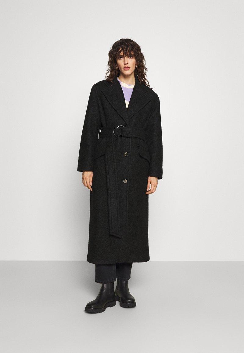 Marimekko - IHMETELLEN COAT - Classic coat - black