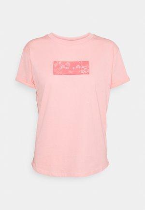 EPIC AFTERNOON CORPO B - Print T-shirt - peach bud