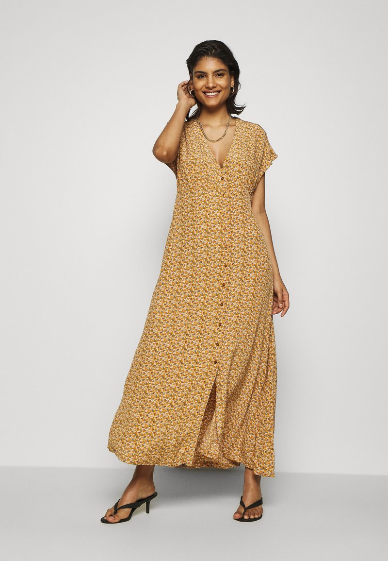 Samsøe Samsøe - VALERIE LONG DRESS - Maxi dress - brown