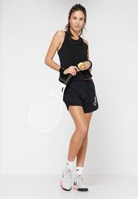 Ellesse - FIRESTAR - Sports shorts - black - 1