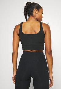 Nike Performance - LUXE - Sportshirt - black - 4