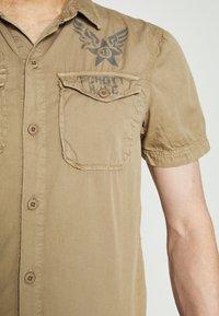 Schott - VICTORY - Shirt - army beige - 5