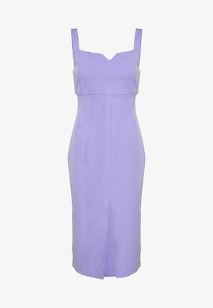 Vestido informal - lila