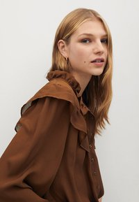 Mango - OSLO - Button-down blouse - russet - 3