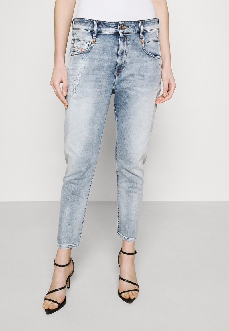 Diesel - D-FAYZA-T - Relaxed fit jeans - light blue