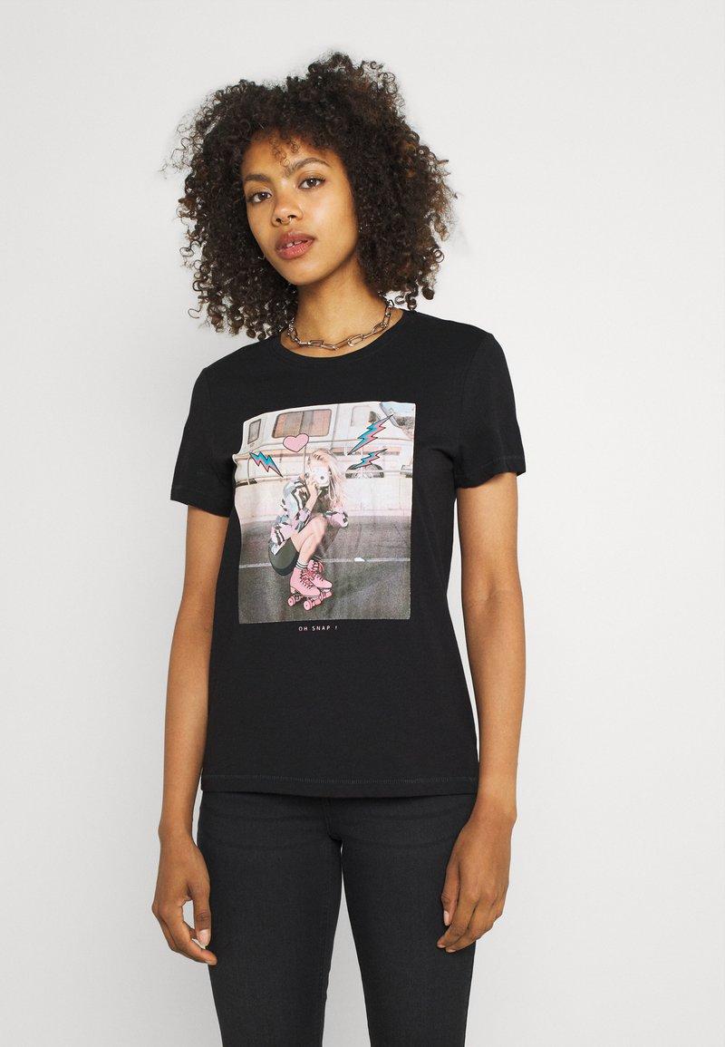 ONLY - ONLLANA LIFE PHOTO BOX - Print T-shirt - black