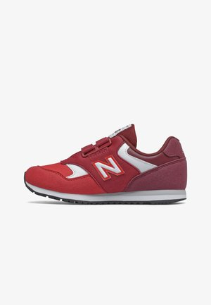 Trainers - classic red