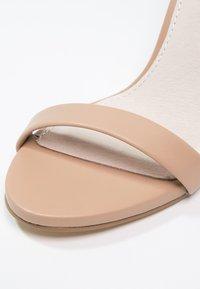 Steve Madden - STECY - Sandály na vysokém podpatku - natural - 5