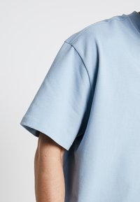 Weekday - GREAT OVERSIZE  - T-shirt - bas - blue - 5