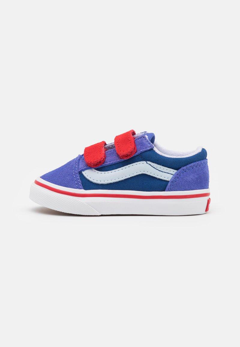 Vans - OLD SKOOL UNISEX - Sneakers - baja blue/high risk red