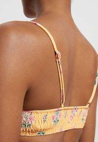 OYSHO - Bikini top - yellow - 3