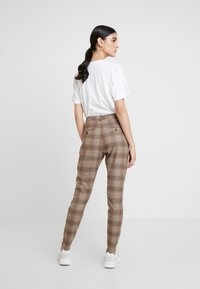Fiveunits - ANGELIE - Trousers - plaza - 2
