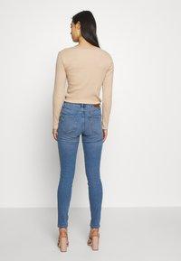 Vero Moda - VMHANNA  - Skinny džíny - light blue denim - 2