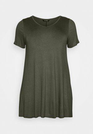 VNECK SHORT SLEEVE SWING  - Camiseta básica - green