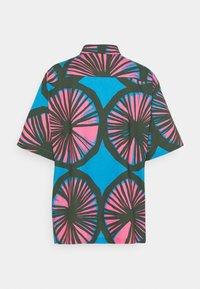 Marimekko - CREATED PUOLAIN - Button-down blouse - blue/dark green/rose - 1