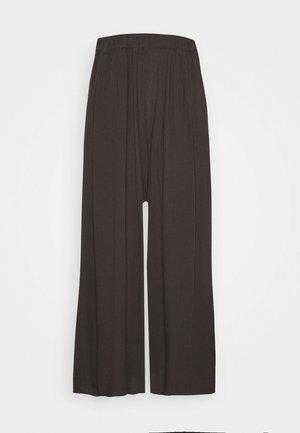 PLEATED PANTS - Trousers - phantom