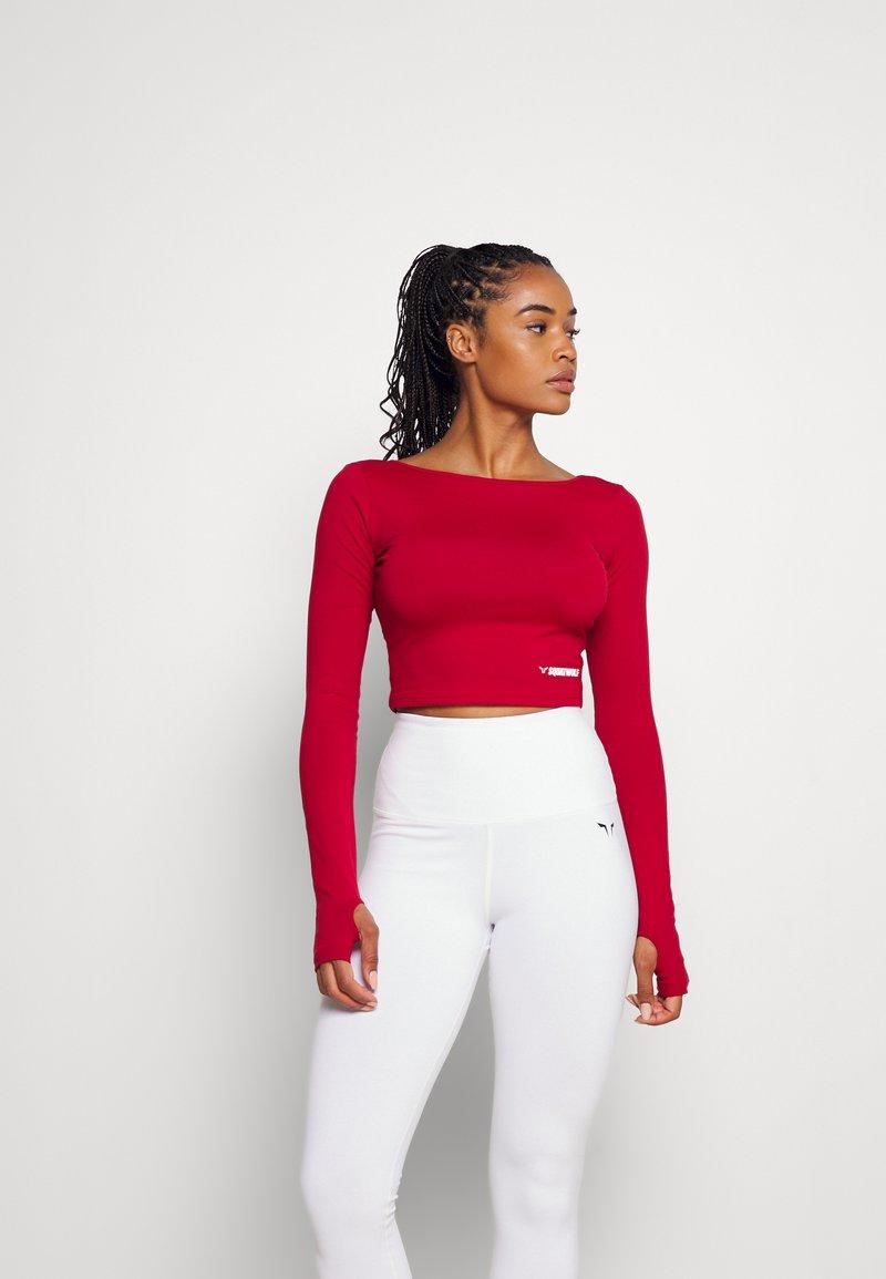 SQUATWOLF - WARRIOR CROP TEE - Long sleeved top - red