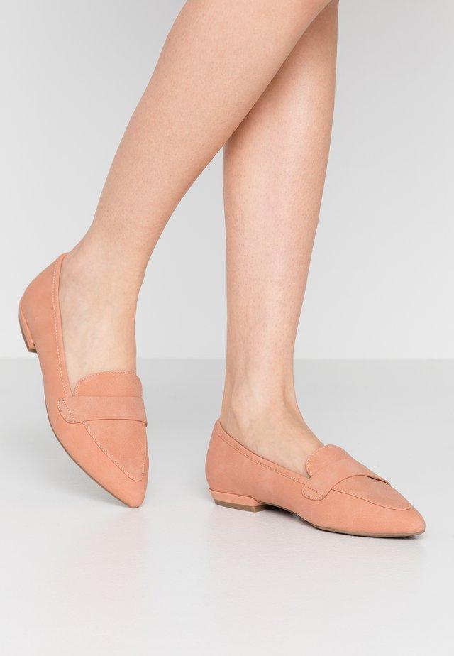 SOFIAA - Nazouvací boty - light pink